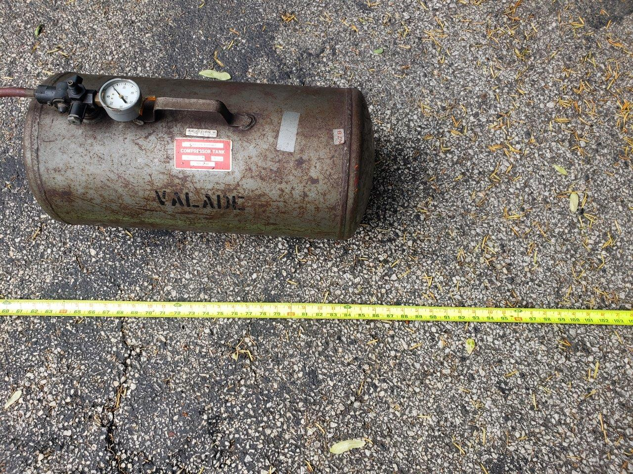 Portable Steel Air Carry Tank with the hose
