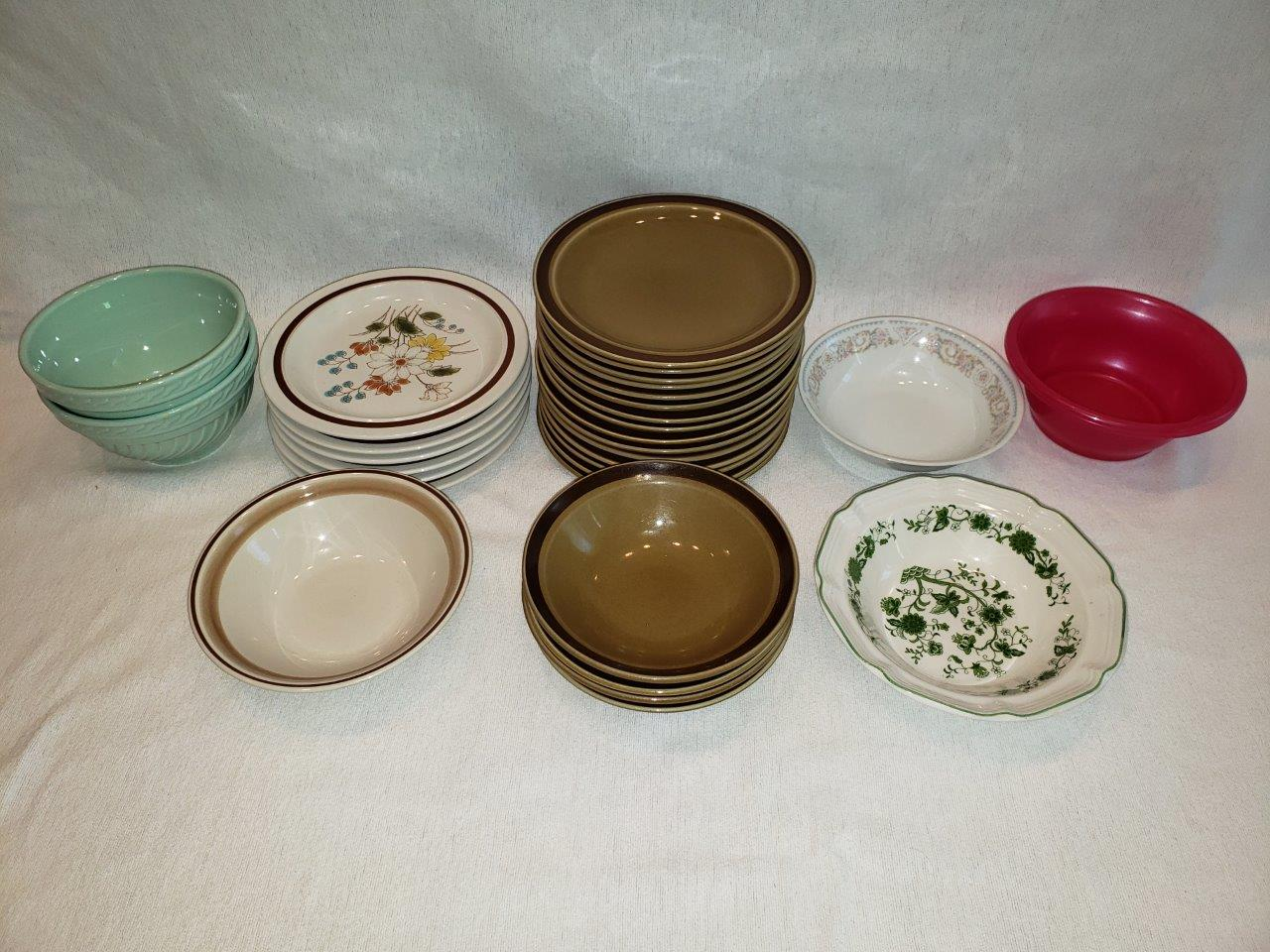 Plates and dishes (china ceramic porcelain) cheap